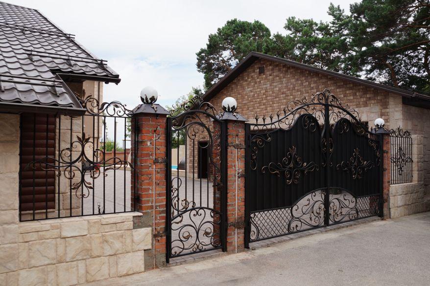 Забор из ковки