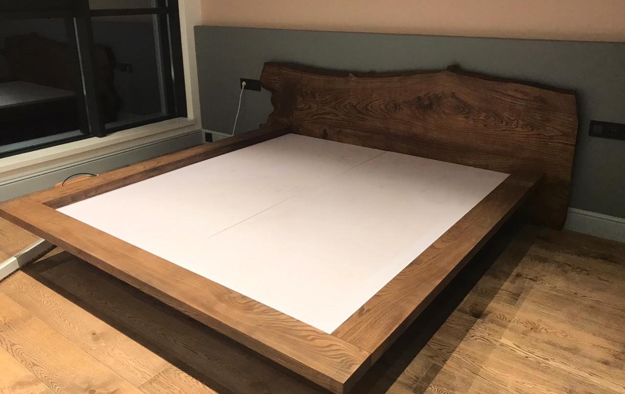 Кровать из слэб